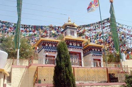 Kunal Pathri Temple, Dharamshala