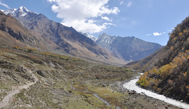 Lamkhaga Pass Trek