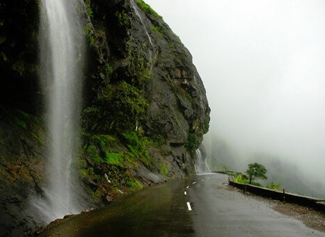 malshej ghat: best hill station in maharashtra