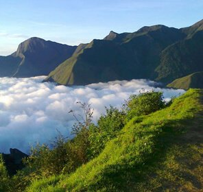 Hill Station of Munnar Tour Package