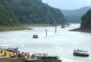 Periyar Lake Tour
