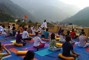 Rishikesh Yoga Tour