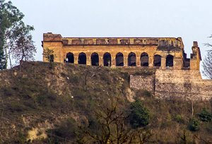 Sujanpur Tira Fort, Hamirpur