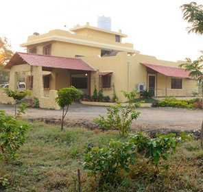 Tadoba Heaven Resort