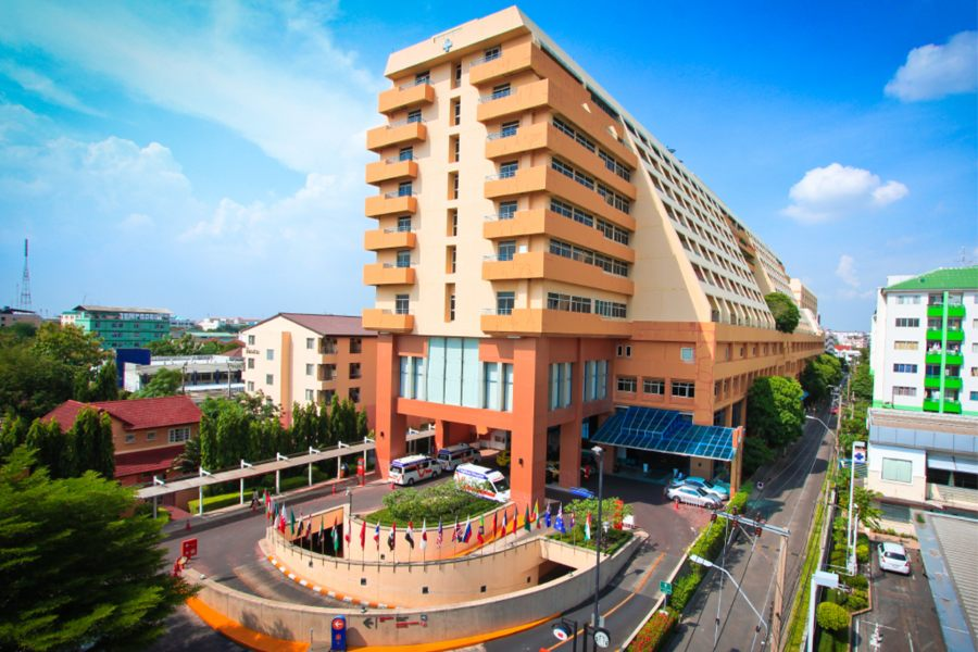 Best Hospitals For Colon Bowel Cancer Treatment Treatment In Thailand
