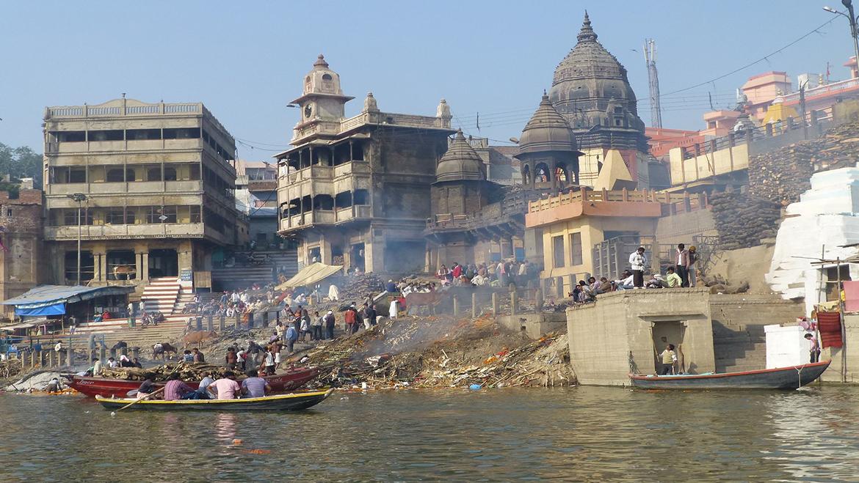 Harishchandra Ghat Varanasi   History & Religious Importance   UP ...