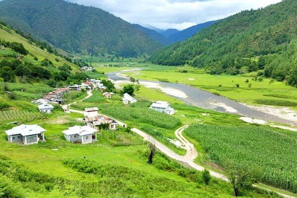 Sangti Valley in Dirang