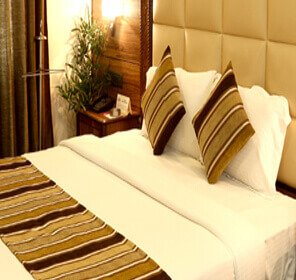 Hotels in Chirang