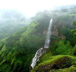 Pune Tour with Scenic Hill Stations
