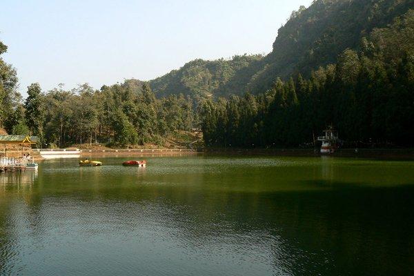 Phushrey lake
