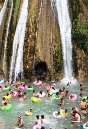 Uttarakhand Waterfalls